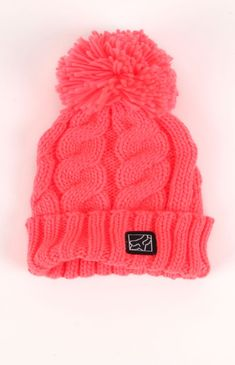 cute winter hat!! Love the bright pink color :))