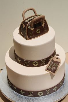 LV Tiered and Purse by Alliance Bakery, via Flickr