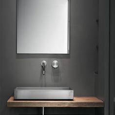 private apt in Milano (with Alessandro Bongiorni) - guest bathroom ph. King Size Bed Dimensions, Luxury Interior, Interior Design, Double Bed Size, Masculine Interior, Container Cabin, Queen Size Bedding, Bathroom Inspiration, Bathroom Accessories