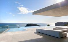 Contemporary Hillside Sardinera House Overlooking the Mediterranean Sea in Spain - http://freshome.com/2015/02/21/contemporary-hillside-sardinera-house-overlooking-the-mediterranean-sea-in-spain/