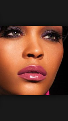Striking pink lips and makeup for brown skin!