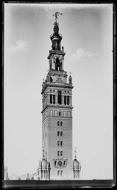 The Tower at Madison Square Garden. Stanford White, architect. Ironically, White would be murdered directly below, 25 June 1906.