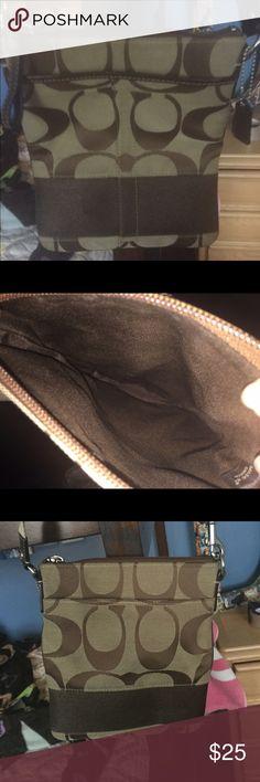 Cross body coach bag Small cross body coach bag. Good condition. Adjustable strap Coach Bags Crossbody Bags