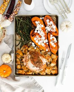 This sheet pan Thanksgiving meal gives you all you need to celebrate the holiday but made on just ONE sheet pan - turkey breast, classic stuffing, mini-marshmallow topped sweet potatoes, and garlicky green beans. This holiday meal has it all! Thanksgiving Dinner Recipes, Delicious Dinner Recipes, Brunch Recipes, Holiday Recipes, Fall Recipes, Hard Bread, Frozen Turkey, Friend Recipe, Easy Family Dinners