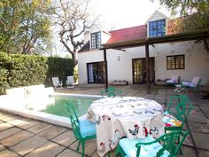 The Barn - The Barn is a free-standing self-catering cottage situated in the picturesque village of Greyton.It consists of a double bedroom with king-size bed, a wardrobe, a dressing table, and a large bathroom with .