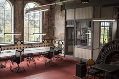 Ninebyfour at Concertgemaal. North of Amsterdam - modern workspace, industrial building. Store.waarmakers.nl