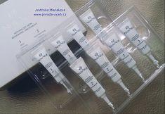Kúra na intenzivní obnovu pleti NovAge - vyspělá obnovující kúra ve 2 krocích, zjemňuje texturu, projasňuje a vyrovnává tón pleti a viditelně redukuje nedokonalosti. Aktivními složkami intenzivního peelingu jsou kyselina glykolová a kyselina mléčná.