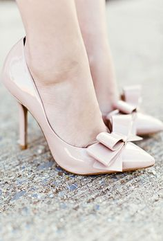Nude bow pumps   #fashion #heels #shoes  For luxury custom made shoes visit www.just-ene.com