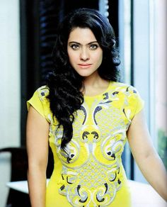 Kajol, Bollywood beauty has always stolen our hearts with her chirpy sense of humor. Today we shall take a look not only at Kajol dresses and her sense of fashion, but also let's focus on her overall personality. Bollywood Stars, Bollywood Images, Bollywood Fashion, Bollywood Actress, Indian Bollywood, Pakistani, Good Woman, Kajol Saree, Priyanka Chopra