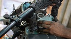 How to Change Handlebar in Royal Enfield Thunderbird