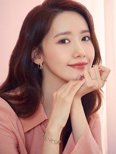 Mystarmyangel (@mystarmyangel) / Twitter Im Yoona, Celebrity Pictures, Celebrity Style, Instyle Magazine, Cosmopolitan Magazine, Music Pictures, K Idol, Korean Actresses, Korean Celebrities