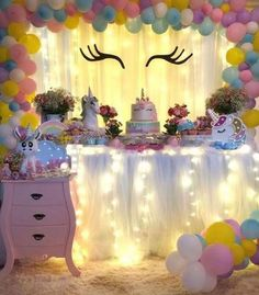From the adorable desserts to the glittery DIY crafts, this unicorn birthday party will delight the imagination in any little dreamer! Girl Birthday Decorations, Balloon Decorations, Unicorn Themed Birthday, Unicorn Party, 10th Birthday Parties, Birthday Party Themes, Little Pony Party, Bday Girl, Princess Party