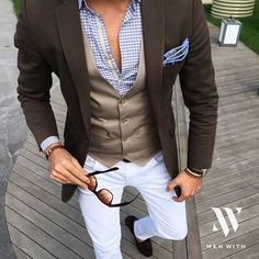 Great photo of our friend @tufanir #menwithclass