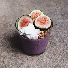 raw blueberry buckwheat porridge with pan roasted cinnamon granola, figs and homemade coconut yogurt // #yum