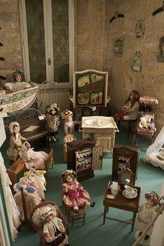 La Musee du Jouet & de la Poupee Ancienne 26, rue Carnot (centre-ville)  84800 - L'Isle-sur-la-Sorgue