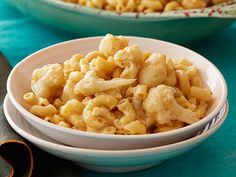Mac-n-Smoked Gouda with Cauliflower Recipe : Rachael Ray : Food Network - FoodNetwork.com