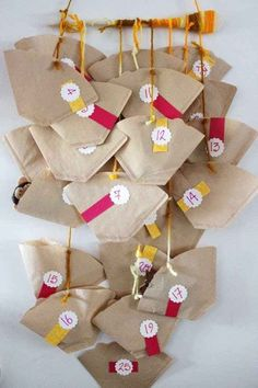 DIY advent calendar the most beautiful ideas from simple to complex * Mission Mom - DIY Gifts Christmas Countdown, Diy Gifts For Christmas, Christmas Calendar, Christmas Time, Christmas Tables, Nordic Christmas, Modern Christmas, Simple Christmas, Advent Calenders