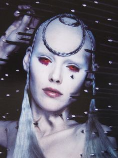 McKillerQueen The Face #15, April 1998 Photographer: Nick Knight Model: Shirley Mallmann