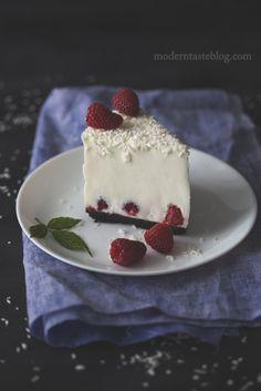 ... coconut and raspberry no bake cheesecake ...