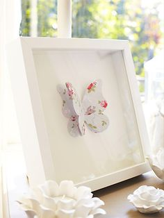 Make a 3D butterfly picture (with template) ... sweet for Spring!
