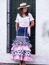 Imagen relacionada Flamenco Dresses, Woman Fashion, Sewing Ideas, Midi Skirt, Casual, Skirts, Closet, Inspiration, Dress
