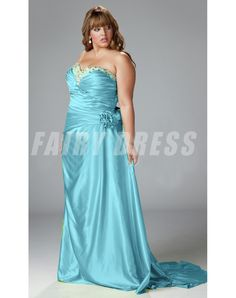 Sydney's Closet has on-trend plus size prom dresses in sizes in a variety of must-have colors and fabrics. Buy affordable formal gowns for prom now. Plus Size Holiday Dresses, Plus Size Formal Dresses, Evening Dresses Plus Size, Special Occasion Dresses, Full Figure Dress, Prom Girl, Party Gowns, Curvy Fashion, Homecoming Dresses