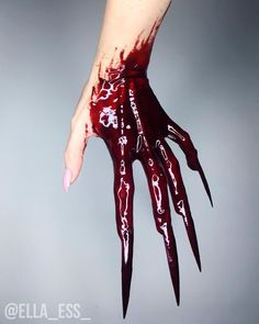 Wound Makeup, Sfx Makeup, Costume Makeup, Makeup Art, Skull Face, Human Skull, Halloween Nails, Halloween Makeup, Halloween Treats