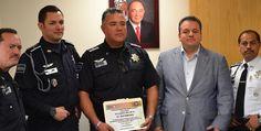 El titular de la SSPM, Alberto Capella Ibarra comentó que no sólo señalan a los malos elementos sino también se reconoce a los oficiales honrados http://www.el-mexicano.com.mx/informacion/noticias/1/3/estatal/2012/03/12/554948/sspm-reconocio-a-policia-municipal.aspx