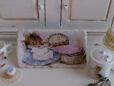 Hunca Munca Tray for Dollhouse by Twelvetimesmoreteeny on Etsy, €4.10