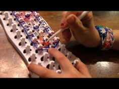 ▶ Fun Loom STARBURST Bracelet - YouTube