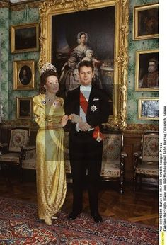 Diane in the sapphire tiara, with eldest son Friedrich in 1993, when he wed Princess Marie of Wied