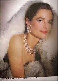 Charlotte+Rampling-Dombasle+Vogue+Paris+1983-15.jpg (203×280)
