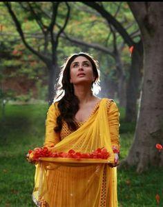 Kareena Kapoor. Sweetheart.