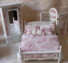 Miniature Dressed Beds by Miss Amelia - 'The Boudoir' = Cool, crisp pink and creamy white toile de joue has been used in the creation of this elegant 12th scale boudoir collection. Z