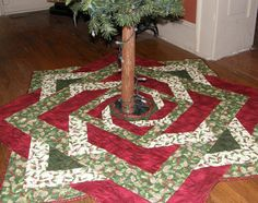 Christmas Quilted Tree Skirt Red Green Quilt Holly Leaves Holiday Tree Skirt