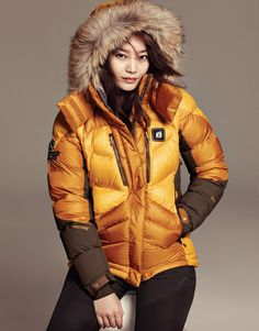 One of Korea's CF Queens, Shin Min Ah,will be trekkingthe outdoors with a bit of glamour as shegarbsherself in Lafuma's fresh and smart fall outerwear. Check her out in the new coll…