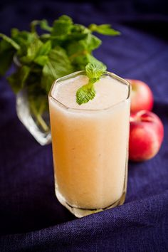 boozy white nectarine & elderflower slushie