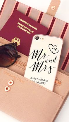 Perfekt für die Hochzeitreise! Gestalte und personalisiere eure Handyhülle ganz einfach selbst - viel Spaß <3 DeinDesign.
