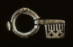 Ancient Byzantine key, 5th century (Late Antique), bronze.  Currently located at the Walters Art Museum, USA.  This type of key, commonly used during the Byzantine period, could be easily carried, an important feature at a time when clothes had no pockets. The hoop of the key fits like a finger ring, and the short barrel can be folded into the palm of the hand.