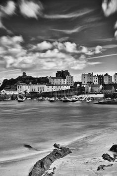 Black and White Tenby Pembrokeshire, Brecon Beacons, Irish Sea, Snowdonia, Beautiful Places To Visit, Lake District, South Wales, Places To Go, Travel Destinations, Scenery