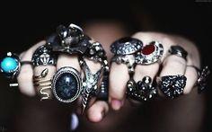 metal knuckles