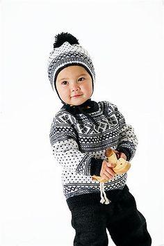 Ravelry: 30-14 Setesdal genser rundt bærestykke lanett pattern by Sandnes Design