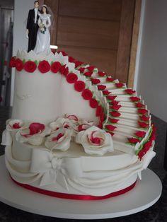Montando bolo de noiva passo a passo