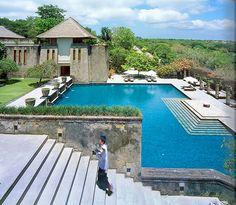 Bali Indonesia Luxury Resort Photo Album and Hotel Images - Amanusa - picture tour
