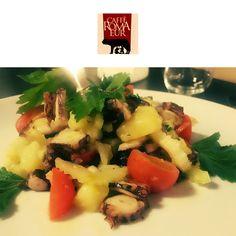 Venite a provare la nostra buonissima insalata di polpo! Vi garantiamo che  non potrete più farne a meno! 🍸 #cafferomaeur #polpo #salad #roma #eur