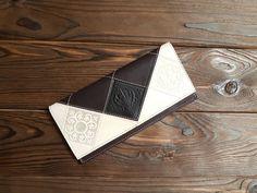 Real Bifold Leather Women Wallet Checkbook Hand Tooled Long Wallet Holder #MakeyStudio #Bifold