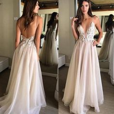Robe de soirée Spaghetti Strap Backless A Line Prom Gown with Appliques Evening Dresses vestido de noche Party Gowns Party Gowns, Wedding Party Dresses, Bridal Dresses, Flowy Prom Dresses, Evening Dresses, Engagement Dresses, Elegant Wedding Dress, Lace Wedding, Beautiful Dresses