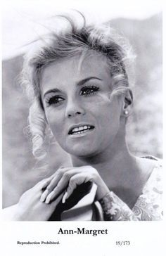 photo Ann-Margret pic film C. and Company Elvis Presley, Ann Margret Photos, Swedish American, Stage Show, American Actress, Role Models, Redheads, In The Heights, Famous People