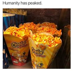 The latest tips and news on Cheetos are on POPSUGAR Food. On POPSUGAR Food you will find everything you need on food, recipes and Cheetos. Cute Food, I Love Food, Good Food, Yummy Food, Pyjama-party Essen, Comida Disney, Sleepover Food, Food Porn, Junk Food Snacks