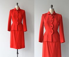 Lady Ammer suit • vintage 1940s suit • wool fitted 1940s suit by Gilbert